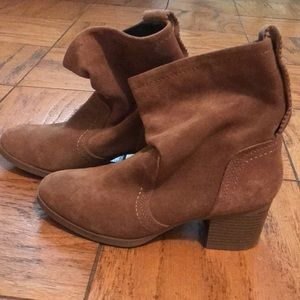 White Mountain Tan Suede Booties- never worn